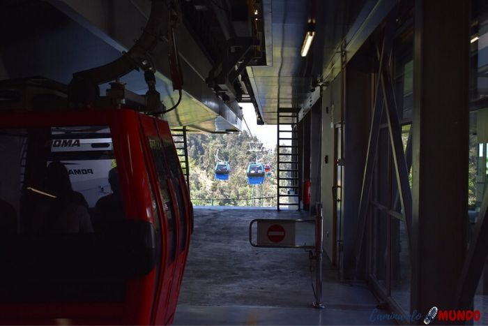 Bajando en el Funicular del Cerro San Cristóbal