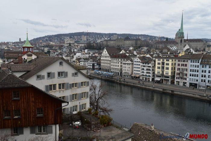 Vista de Zurich desde el Parque Lidenhof