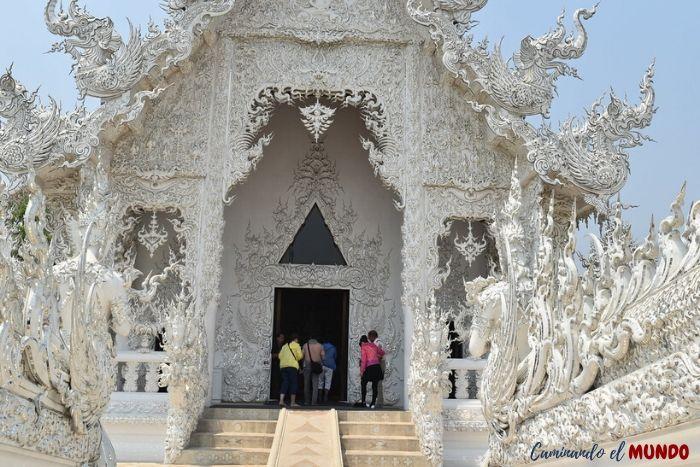 Ingresando al Templo Blanco
