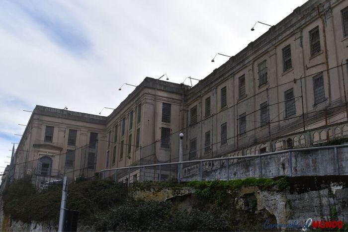 Lateral de la prisión