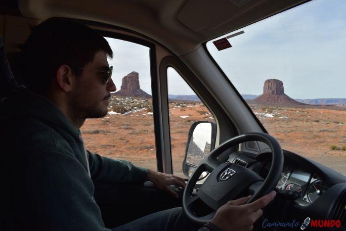 Viaje en motorhome por Monument Valley