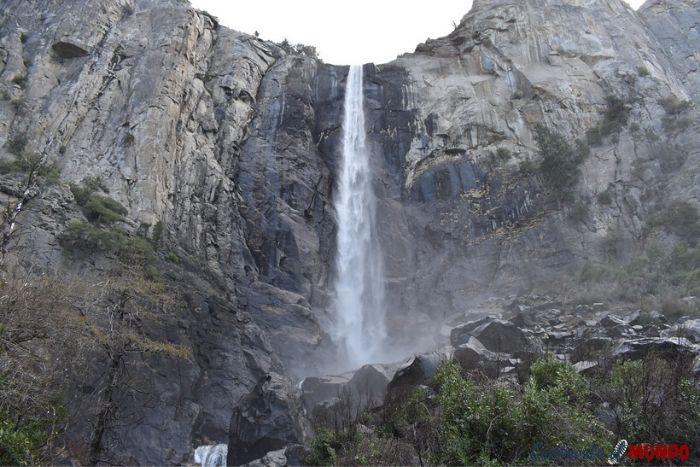 Cascada Bridalveil en Yosemite
