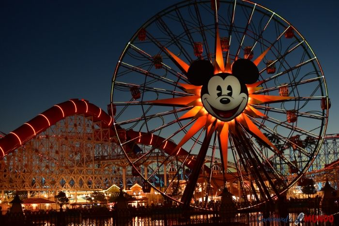Atradecer en Disney California