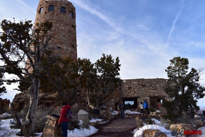 Torre de vigilancia del Gran Cañón nevado
