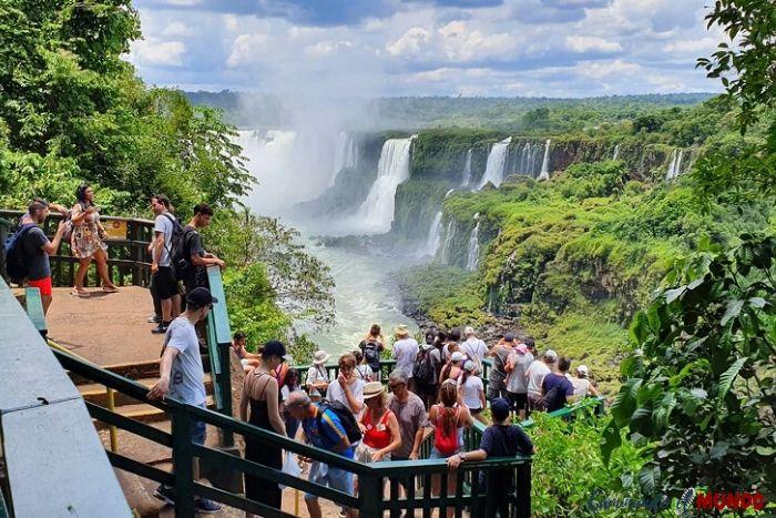 Balcón a las Cataratas del lado Brasilero