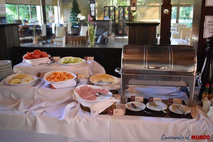 Desayuno americano en el hotel Yvy