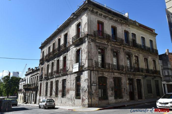 Edificio del centro histórico de Montevideo