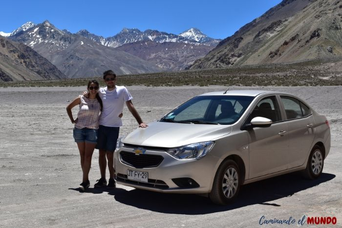 Nuestro auto de alquiler en el Cajón del Maipo Chile